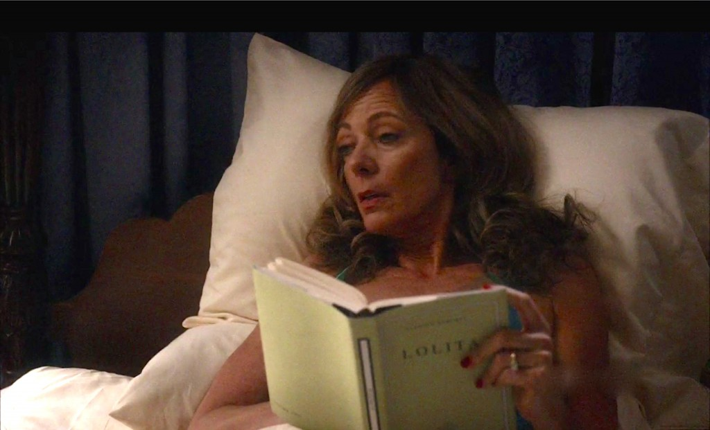 Allison Janney as Margaret Scully reading Lolita in Masters of Sex.